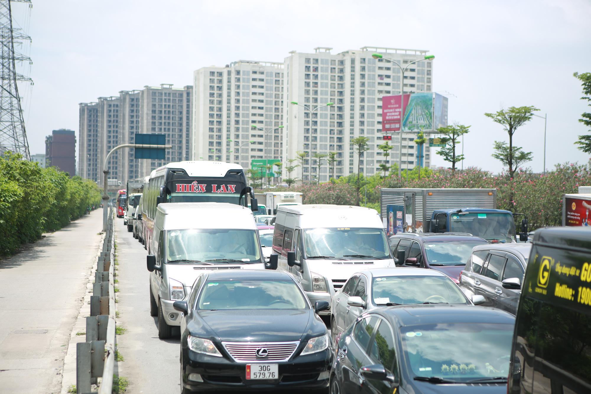 Giao thông cửa ngõ Thủ đô thông thoáng lạ thường ngày cuối kỳ nghỉ lễ 30/4  - Ảnh 6.