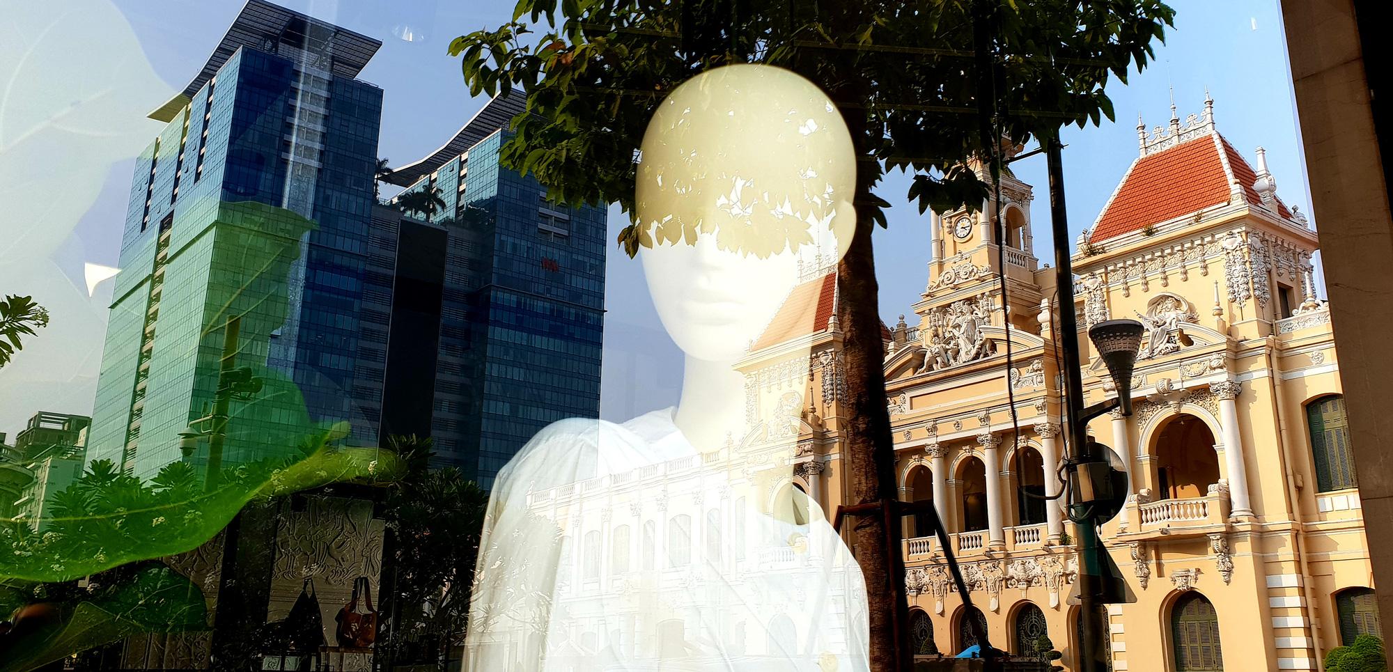 Dạo quanh TP Hồ Chí Minh cùng bloger du lịch nổi tiếng - Ảnh 9.