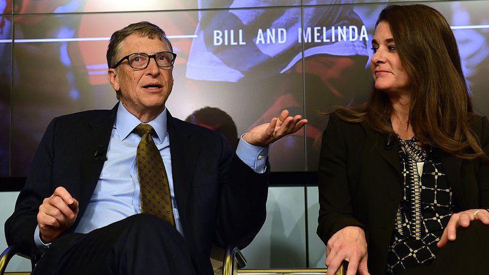 Nhìn lại những khoảnh khắc hạnh phúc trong quá khứ của vợ chồng Bill Gates - Ảnh 3.