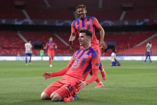 Top 10 tiền vệ trung tâm hay nhất Premier League: De Bruyne số 2 - Ảnh 4.