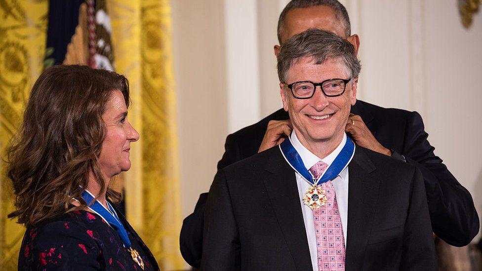 Nhìn lại những khoảnh khắc hạnh phúc trong quá khứ của vợ chồng Bill Gates - Ảnh 6.