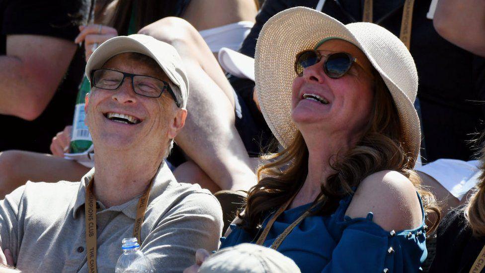 Nhìn lại những khoảnh khắc hạnh phúc trong quá khứ của vợ chồng Bill Gates - Ảnh 8.