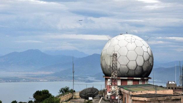 """Cận cảnh lớp """"áo giáp"""" bảo vệ không thể thiếu của dàn radar biển đảo Việt Nam - Ảnh 6."""