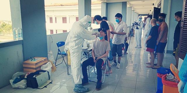 69 trường hợp F1, F2 liên quan ca dương tính Covid-19 tại Bệnh viện Hoàn Mỹ, Quảng Nam lên phương án phòng chống dịch bệnh - Ảnh 1.