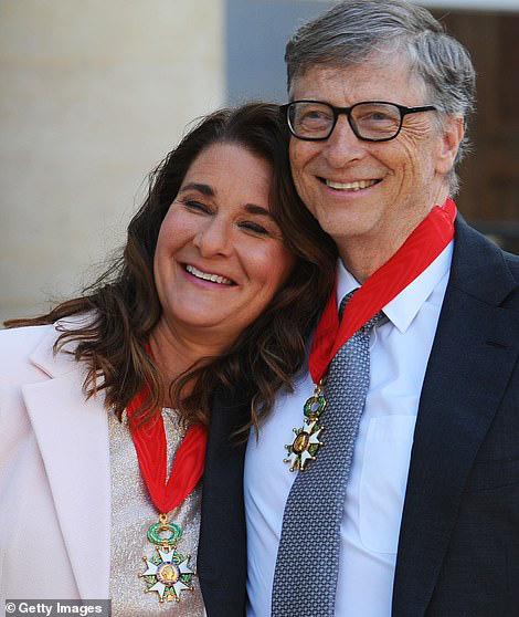 Người chồng nghiện vợ, nhận đón con, rửa bát, hoàn hảo như Bill Gates vì sao Melinda vẫn đệ đơn ly hôn? - Ảnh 1.