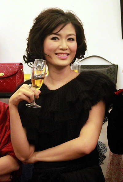 """Nhan sắc xinh đẹp của Hoa hậu Thu Thủy sau 27 năm đăng quang vẫn xứng danh """"đại mỹ nhân"""" - Ảnh 4."""