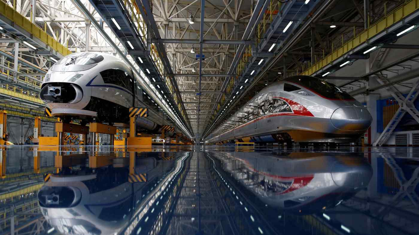 Lo gánh nặng nợ, Trung Quốc đình chỉ 2 dự án đường sắt cao tốc - Ảnh 1.