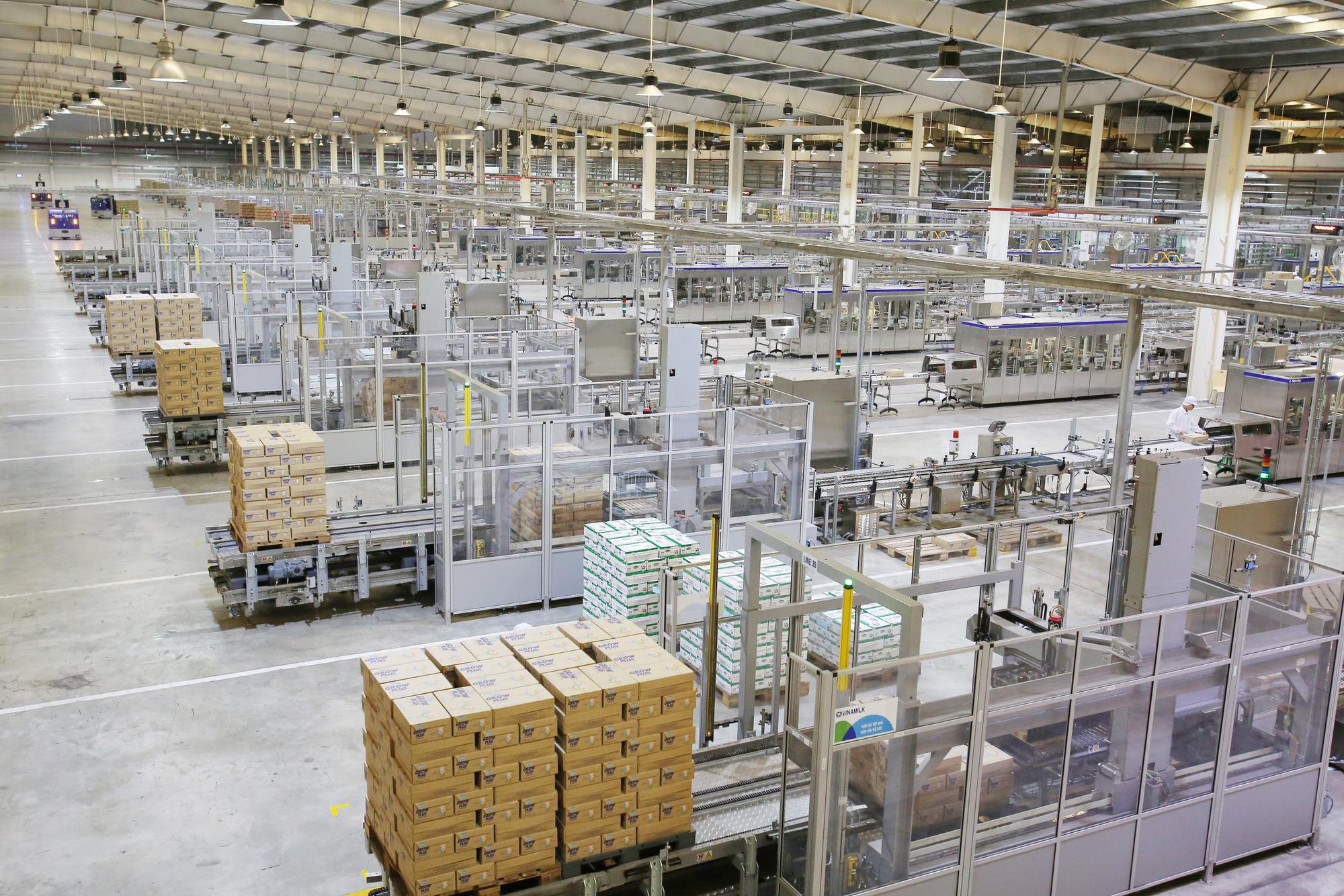 """Hệ thống """"khủng"""" 13 nhà máy là nội lực giúp Vinamilk dẫn đầu thị trường nhiều năm liền - Ảnh 3."""