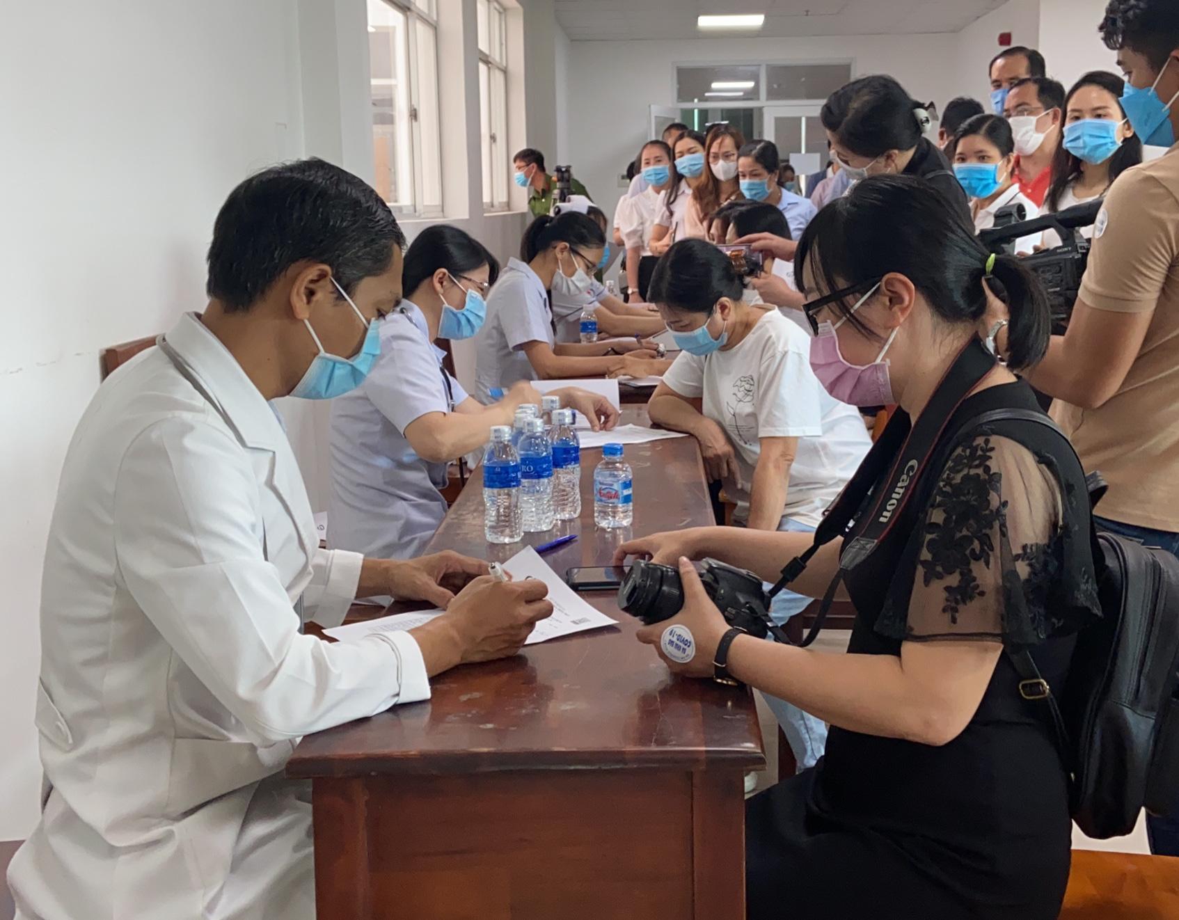Đồng Nai: Gần 100 phóng viên, nhà báo được tiêm vắc xin Covid-19 - Ảnh 2.