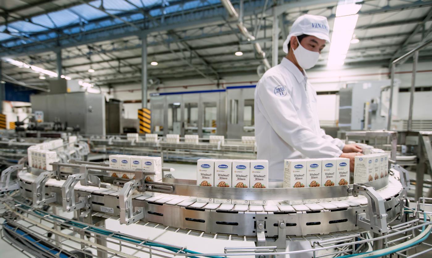 """Hệ thống """"khủng"""" 13 nhà máy là nội lực giúp Vinamilk dẫn đầu thị trường nhiều năm liền - Ảnh 4."""