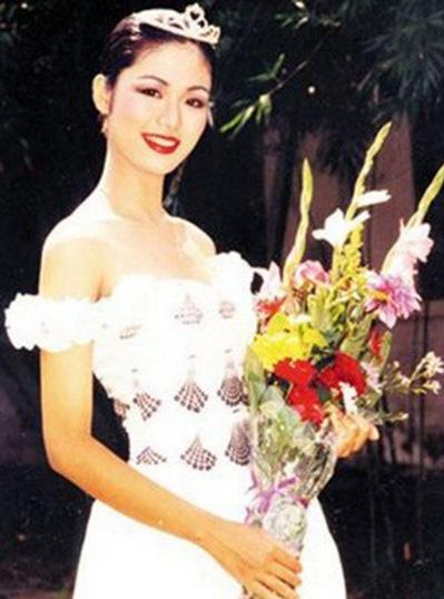"""Nhan sắc xinh đẹp của Hoa hậu Thu Thủy sau 27 năm đăng quang vẫn xứng danh """"đại mỹ nhân"""" - Ảnh 2."""