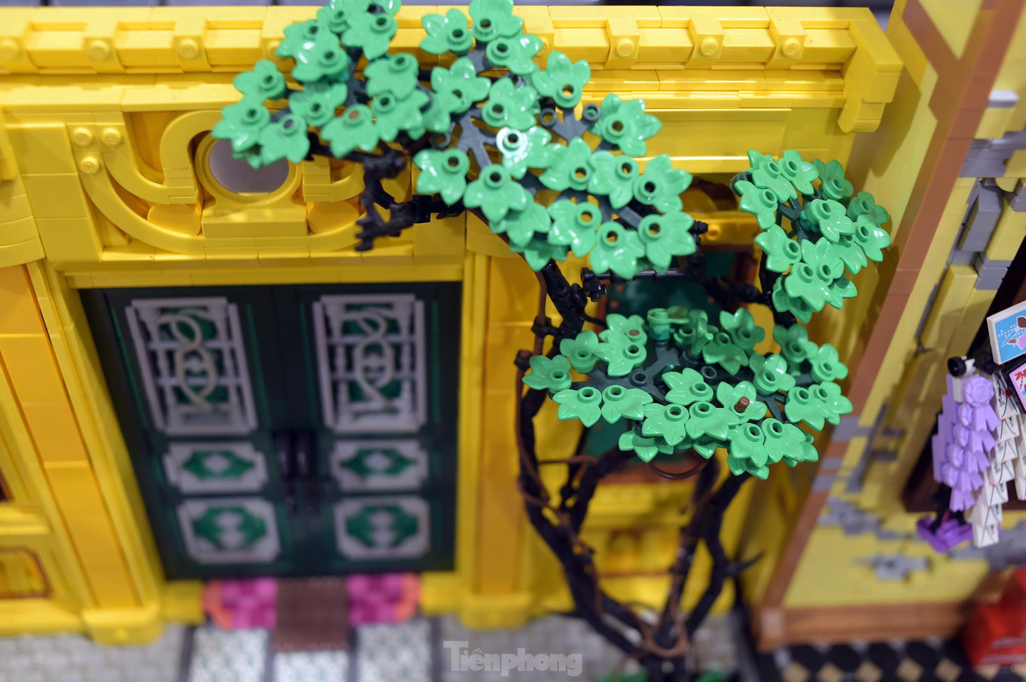 """Chàng trai Việt """"đóng"""" tàu Hoàng Sa, Trường Sa từ mô hình Lego, tri ân ngư dân bám biển - Ảnh 9."""