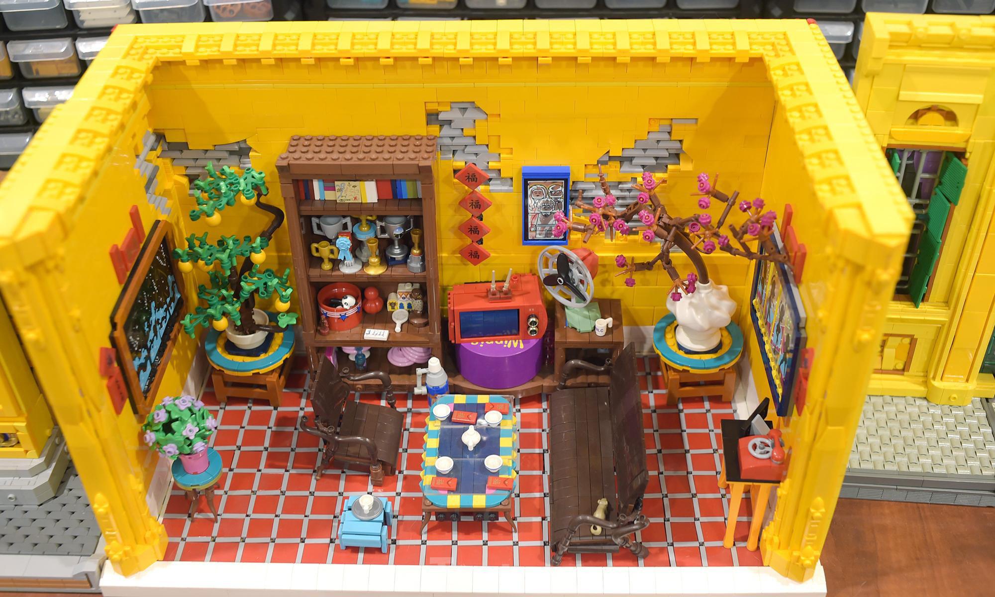 """Chàng trai Việt """"đóng"""" tàu Hoàng Sa, Trường Sa từ mô hình Lego, tri ân ngư dân bám biển - Ảnh 8."""