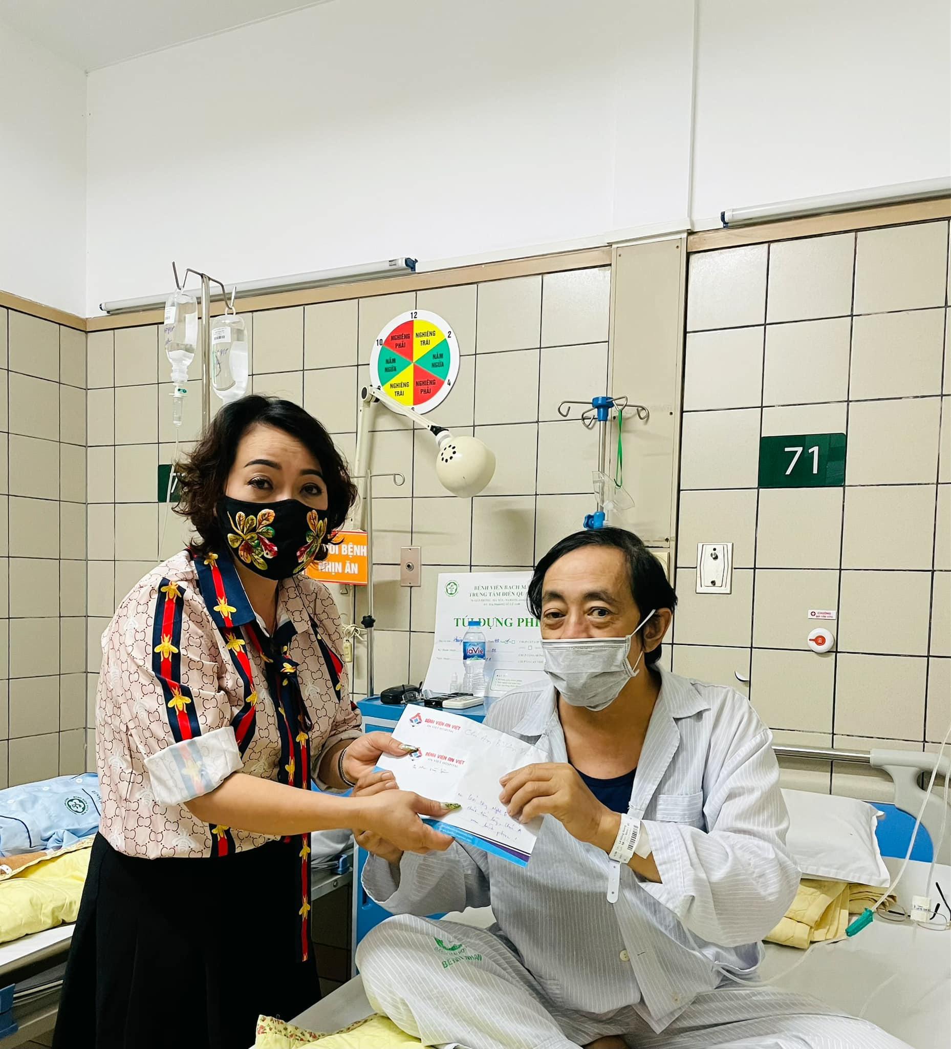 Nghệ sĩ Giang Còi bệnh trở nặng, ho ra máu... phải nhập viện gấp  - Ảnh 2.