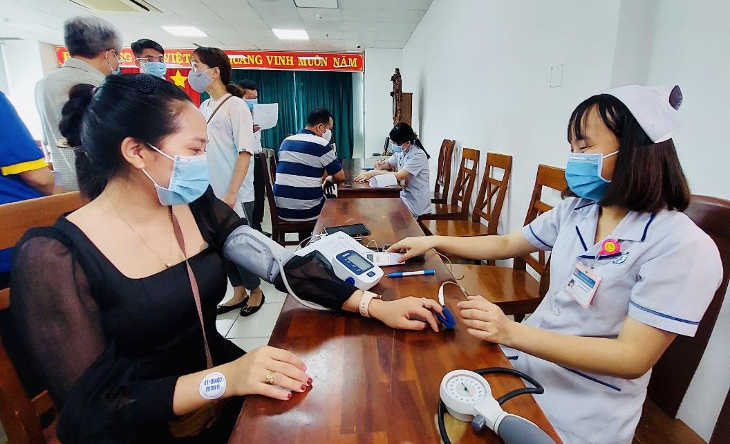 Đồng Nai: Gần 100 phóng viên, nhà báo được tiêm vắc xin Covid-19 - Ảnh 1.