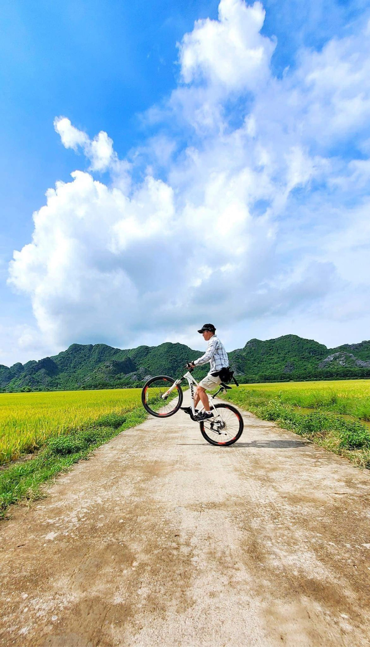 """CLB xe đạp """"Chim non"""": Hội những người không sợ """"ế"""" - Ảnh 10."""