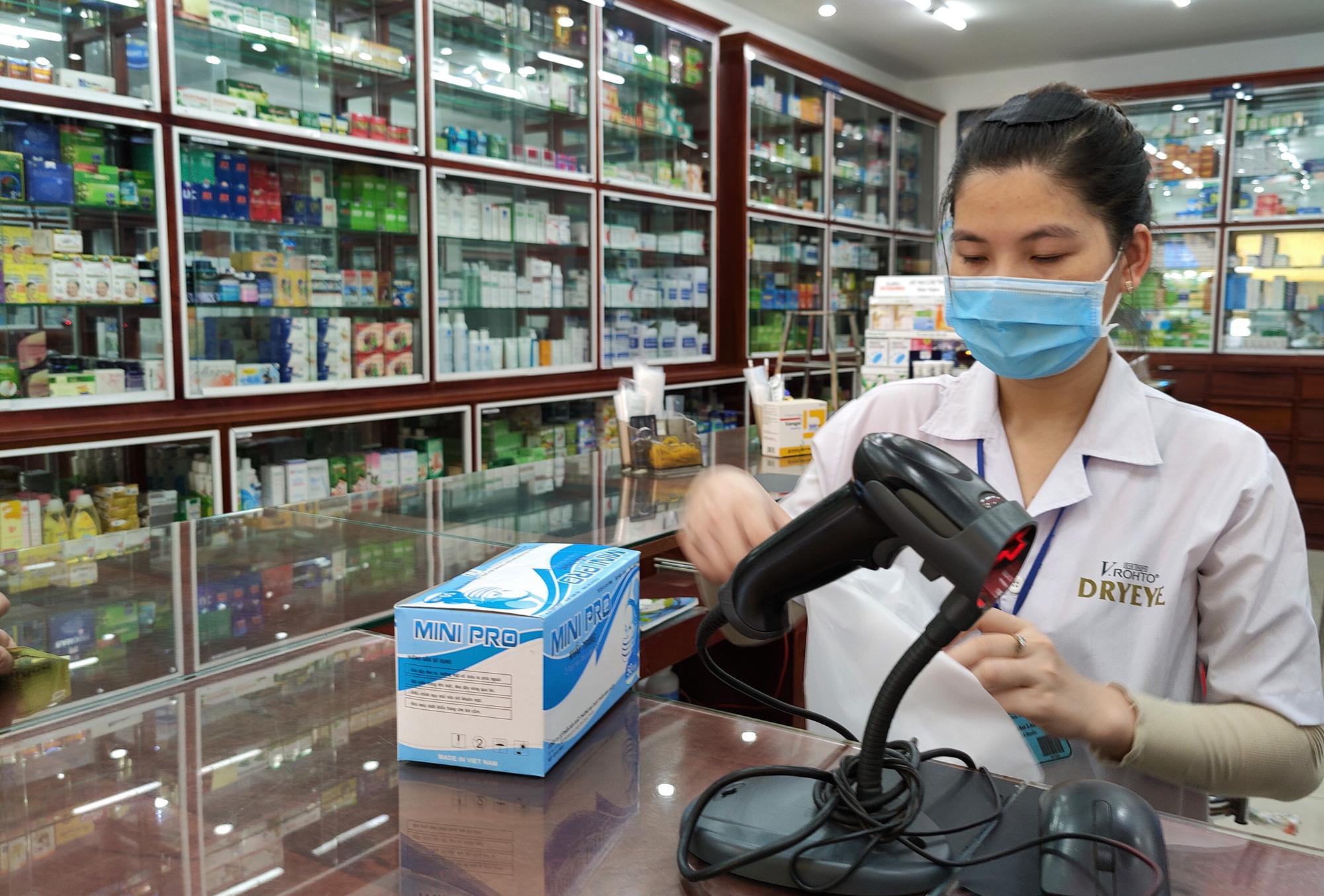 Ba lý do ngành dược tăng trưởng bất ngờ trong năm 2022 - Ảnh 1.