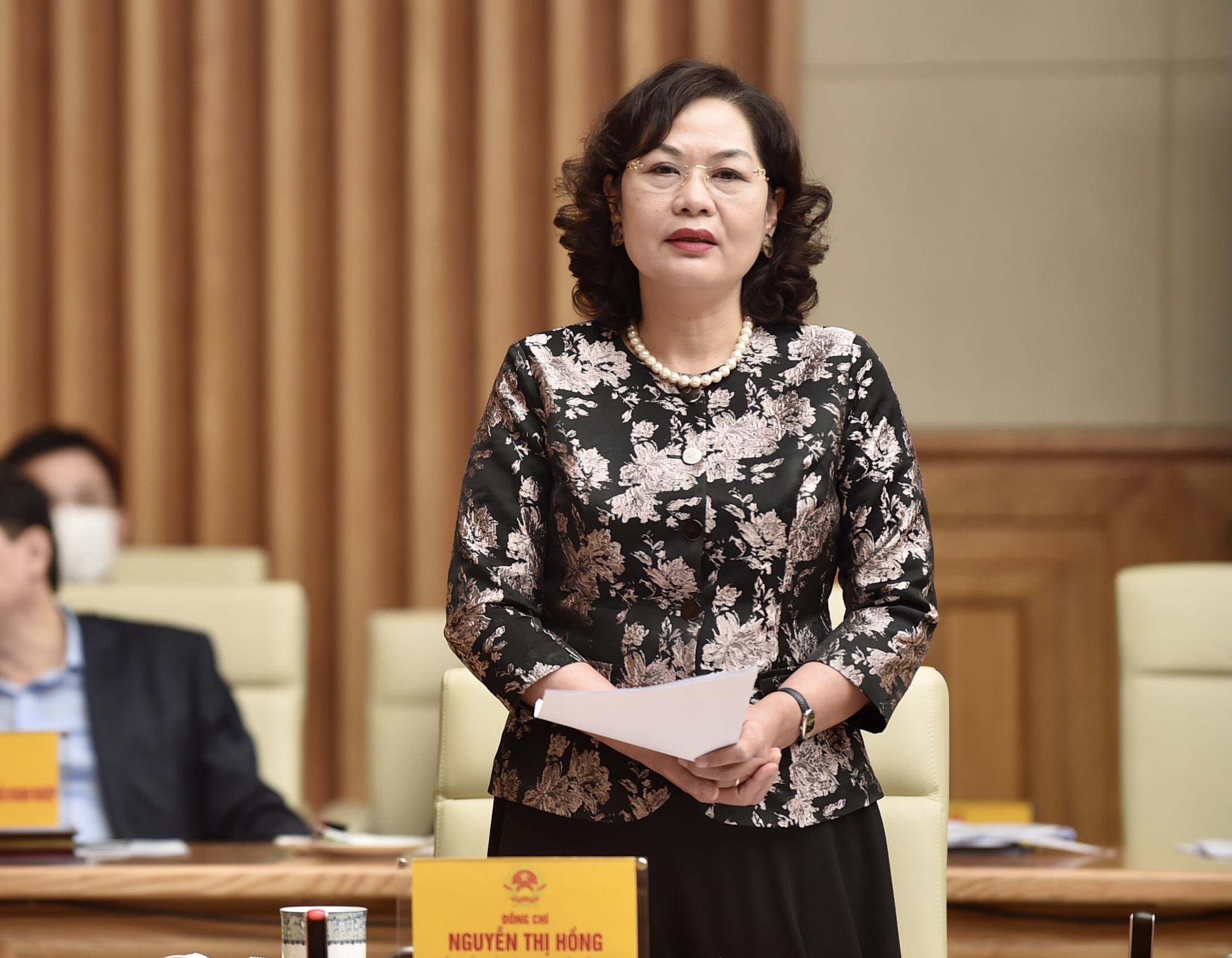 Áp lực điều hành, Thống đốc Nguyễn Thị Hồng đề nghị DN chia sẻ với ngành ngân hàng - Ảnh 1.