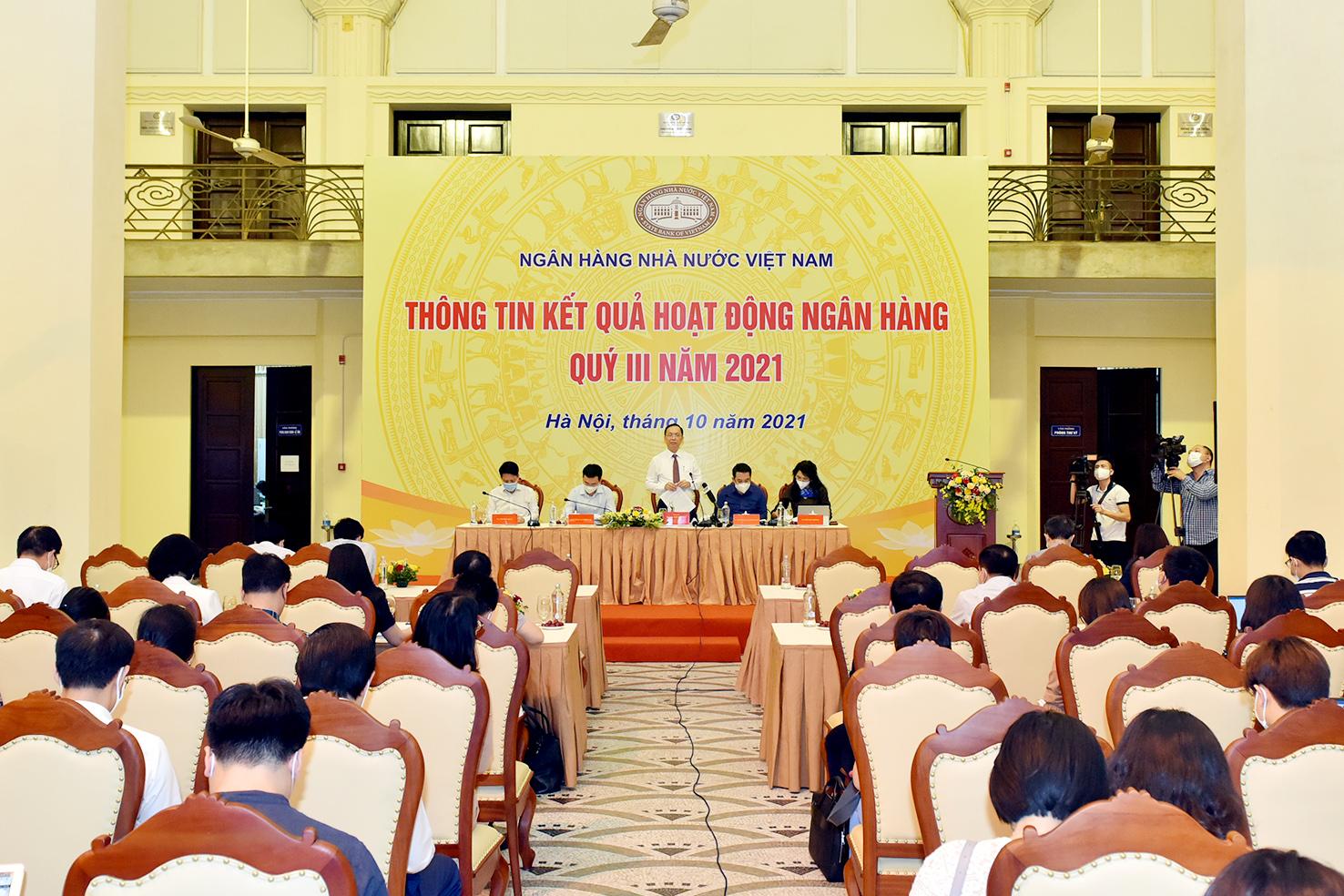 Áp lực điều hành, Thống đốc Nguyễn Thị Hồng đề nghị DN chia sẻ với ngành ngân hàng - Ảnh 3.