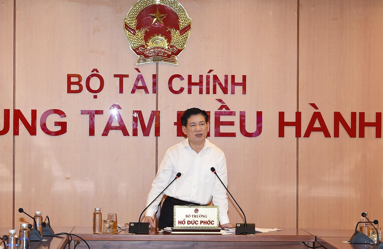 Bộ Tài chính thành lập Tổ công tác đặc biệt tháo gỡ khó khăn cho doanh nghiệp, người dân - Ảnh 1.