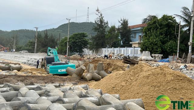 Quảng Ngãi: Hàng trăm hộ dân Sa Huỳnh không còn lo bị sóng cuốn nhà ra biển  - Ảnh 8.