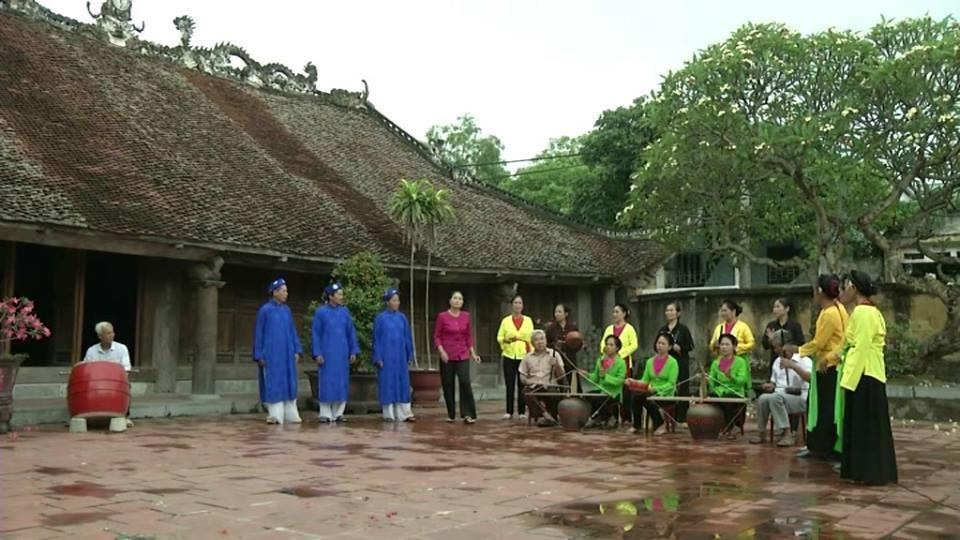 """Chuyện người mắc bệnh nan y """"hồi sinh"""" nghệ thuật hát Trống quân ở Liêm Thuận - Ảnh 3."""
