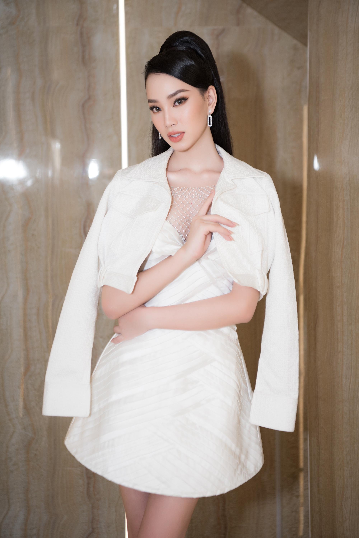 Người đẹp Ái Nhi rạng rỡ lên đường sang Ai Cập thi Miss Intercontinental 2021 - Ảnh 4.