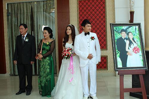 24552901215848834185505532863827359639491784n 1634531124792536314598 Đàm Vĩnh Hưng và những sao nam Việt kết hôn trong âm thầm gây ngỡ ngàng