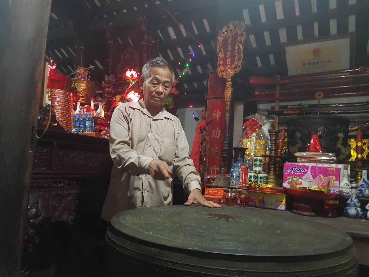 Kể chuyện làng: Chuyện về trống đồng Ngọc Lũ - biểu tượng văn hóa làng tôi - Ảnh 1.