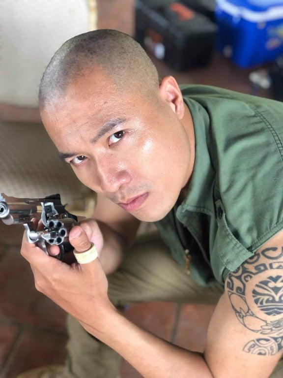 Diễn viên tiết lộ súng trên phim Việt phần nhiều gần với súng thật - Ảnh 3.