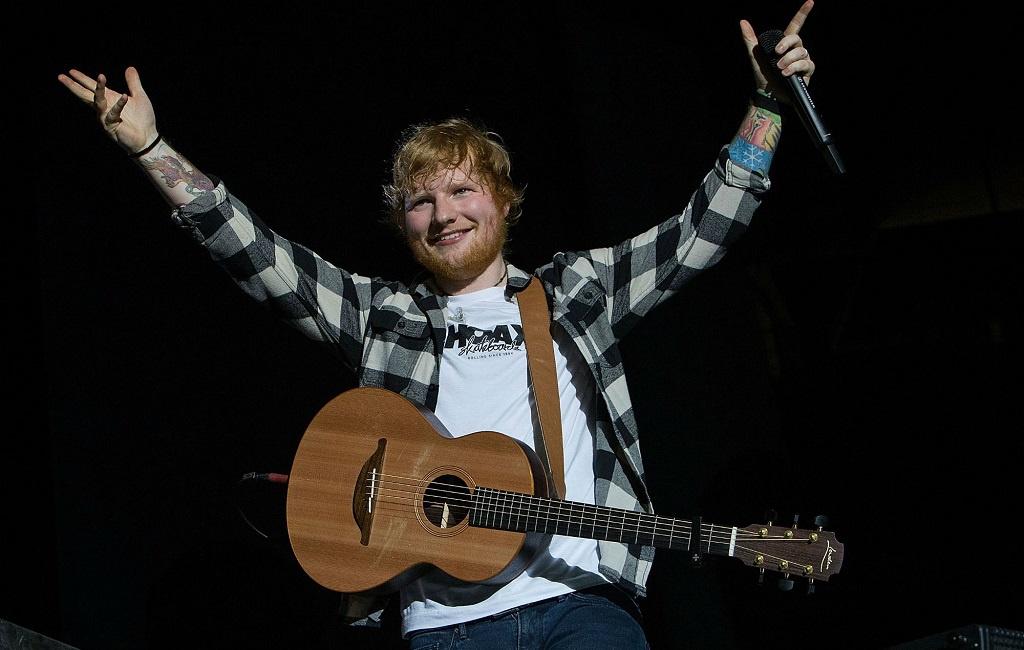 """Ed Sheeran """"dính"""" Covid-19 ngay trước khi ra mắt album mới - Ảnh 1."""