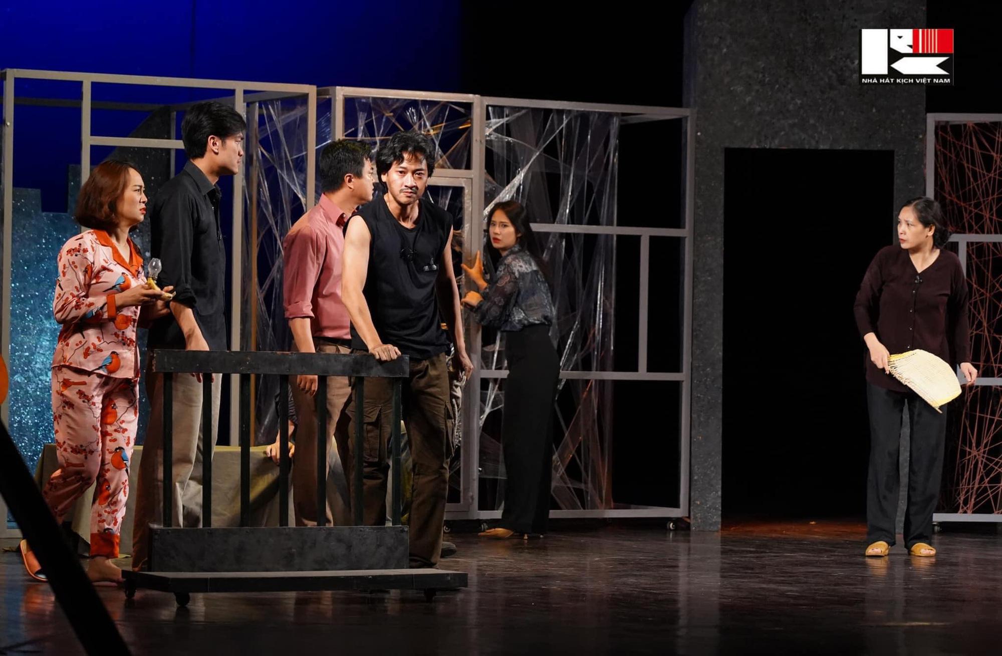 100 năm sân khấu kịch nói Việt Nam (kỳ 5): Các nhà hát đã tự cứu mình như thế nào? - Ảnh 1.