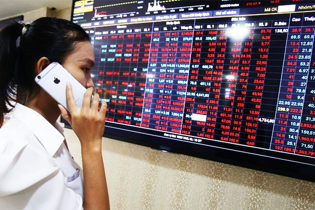 """Tháng 10: VN-Index dự báo sẽ dao động trong vùng 1.280 - 1.380 điểm, dầu khí """"hút tiền""""? - Ảnh 2."""