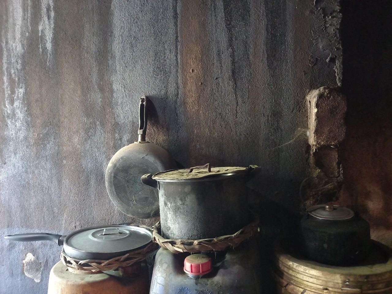 anh kcl 3 1633456631420653732485 Kể chuyện làng: Góc bếp, lẳng lặng nơi tôi trưởng thành