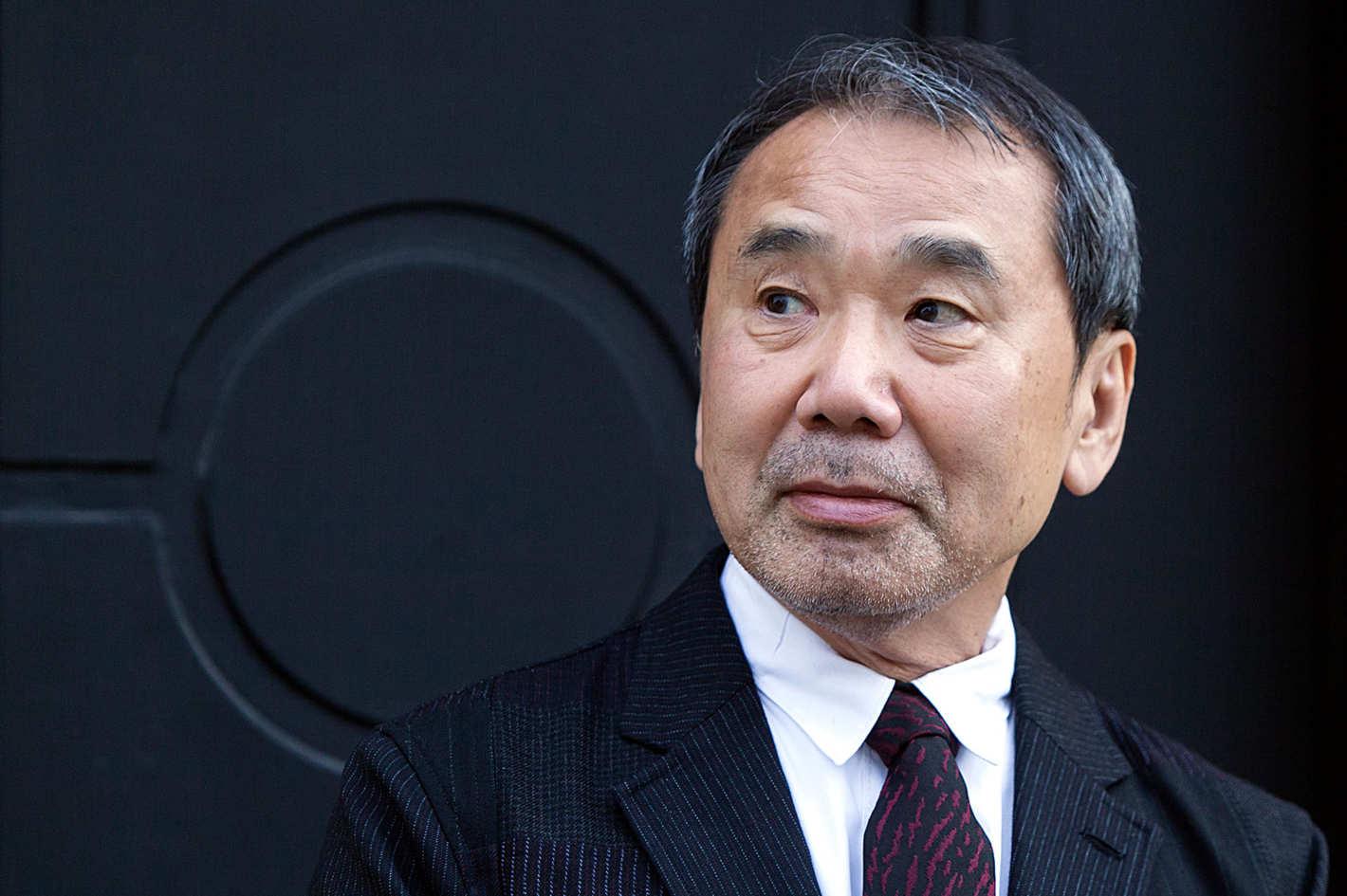 """Vì sao Nobel văn học mãi """"né"""" Murakami?"""