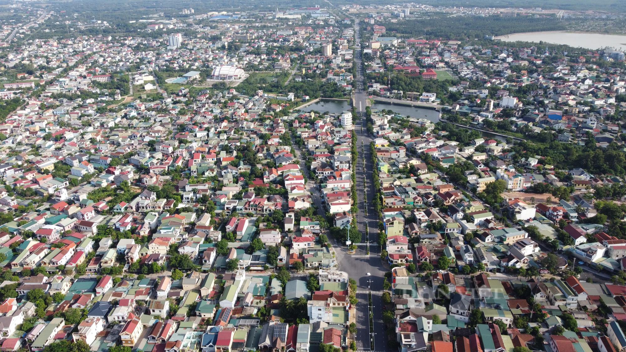 TP Đông Hà là nơi có gần 100.000 dân sinh sống. Ảnh: N.V