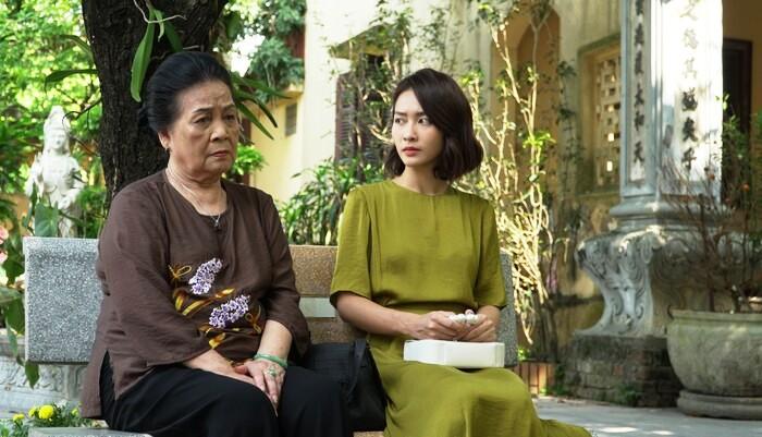 """NSND Ngọc Lan: """"Từ ngày ông nhà tôi mất, cứ rời đoàn phim về nhà là tôi khóc nức nở"""""""