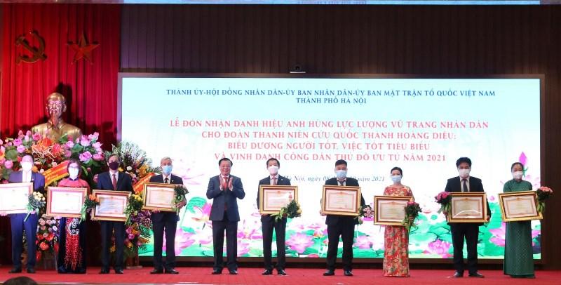 Nguyên Phó Bí thư Hà Nội được vinh danh Công dân Thủ đô ưu tú năm 2021
