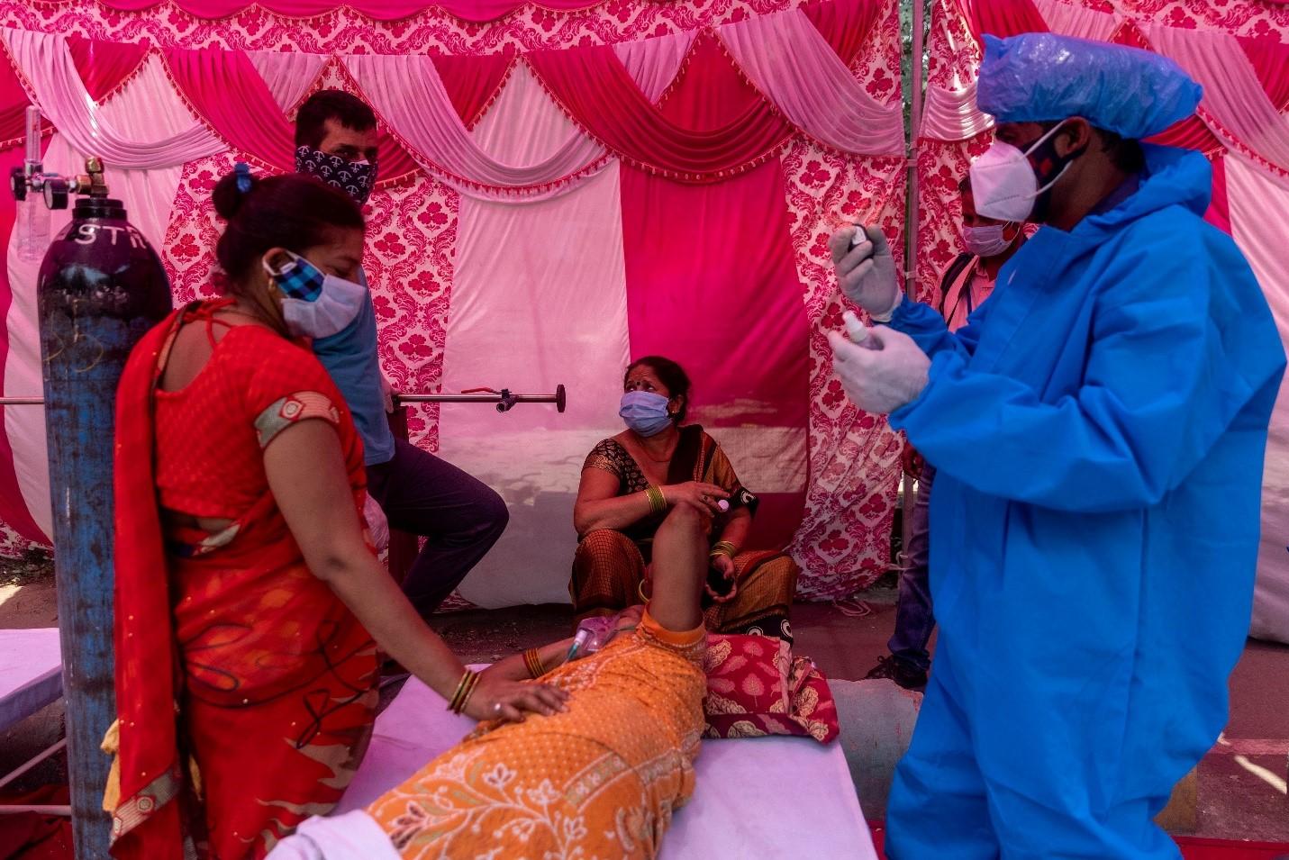 Ấn Độ giảm số ca mắc COVID – 19, giới chuyên gia vẫn kêu gọi phong tỏa - Ảnh 2.