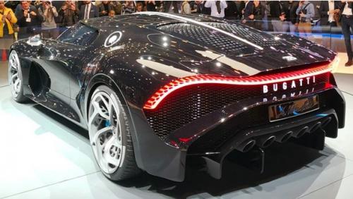 Siêu xe Bugatti đắt đỏ nhất thế giới, vận tốc vô đối, Cristiano Ronaldo sở hữu - Ảnh 4.