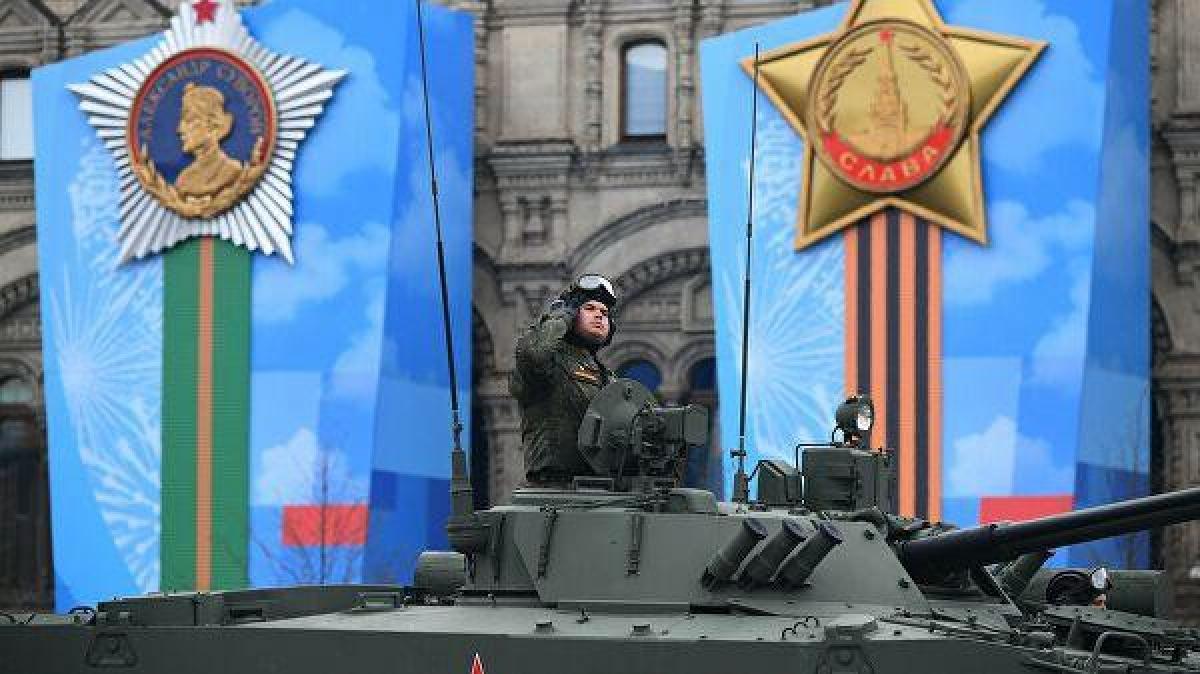 Ảnh: Cùng nhìn lại dàn vũ khí hùng mạnh của Nga tại lễ duyệt binh ngày chiến thắng phát xít - Ảnh 10.