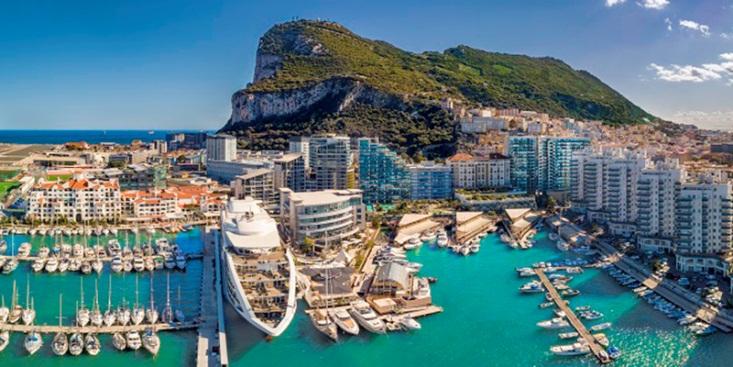 """Gibraltar trở thành điểm đến du lịch """"Hot"""" nhất châu Âu Hè 2021 - Ảnh 1."""