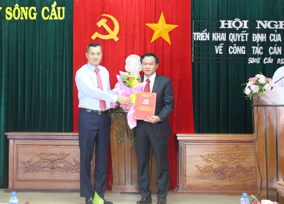 Thủ tướng Phạm Minh Chính phê chuẩn kết quả bầu Phó Chủ tịch tỉnh 50 tuổi - Ảnh 1.