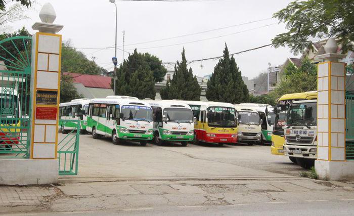 Sơn La: Tạm dừng hoạt động vận tải hành khách đi 2 tỉnh - Ảnh 1.