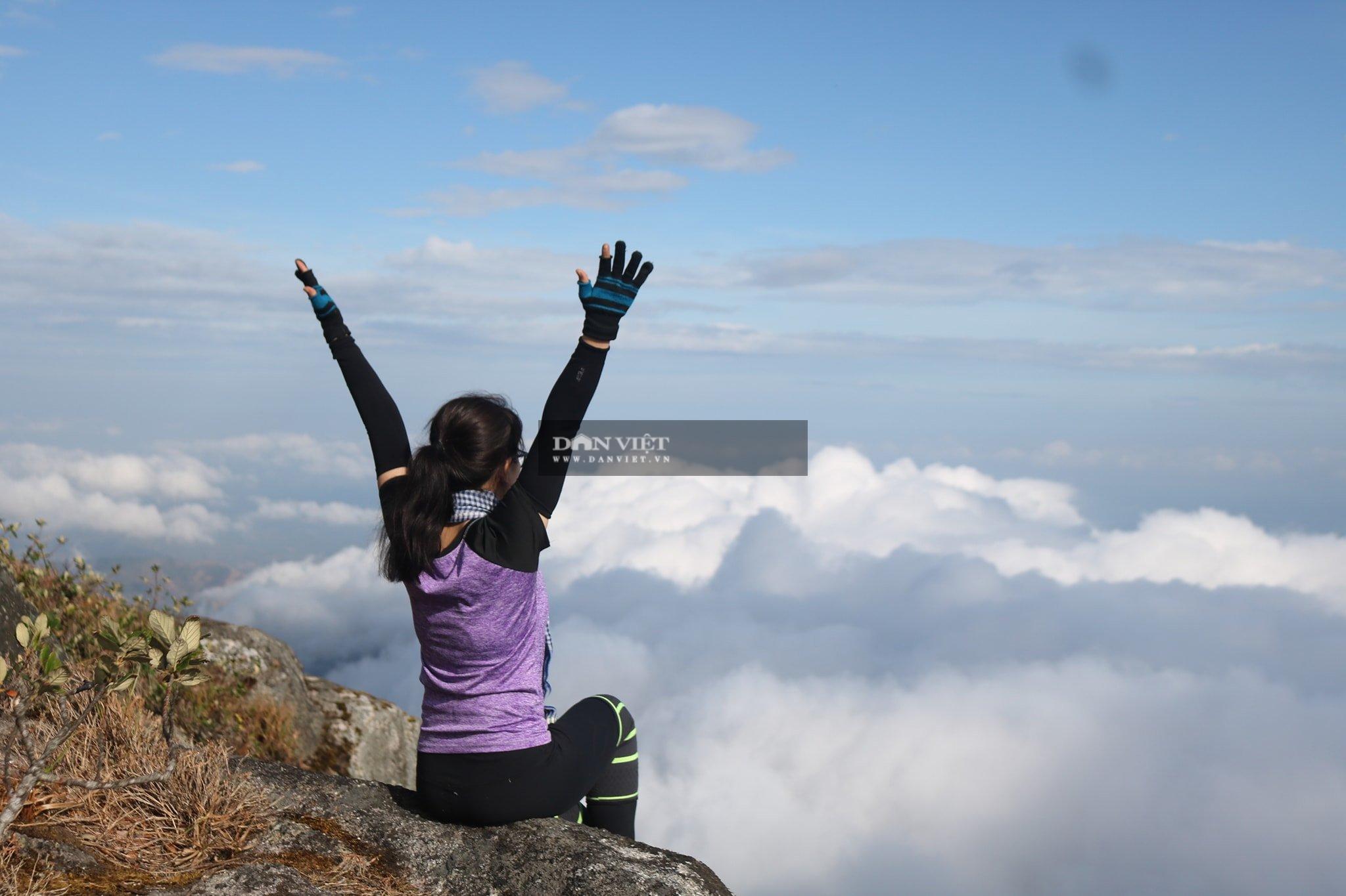 """Săn mây trên đỉnh Chư Yang Lắk – """"Vườn"""" mây tuyệt đẹp giữa Tây Nguyên - Ảnh 3."""