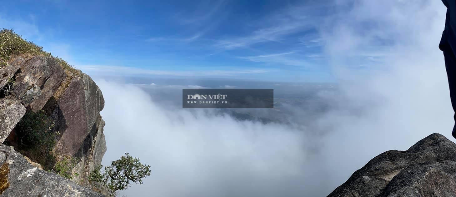 """Săn mây trên đỉnh Chư Yang Lắk – """"Vườn"""" mây tuyệt đẹp giữa Tây Nguyên - Ảnh 6."""