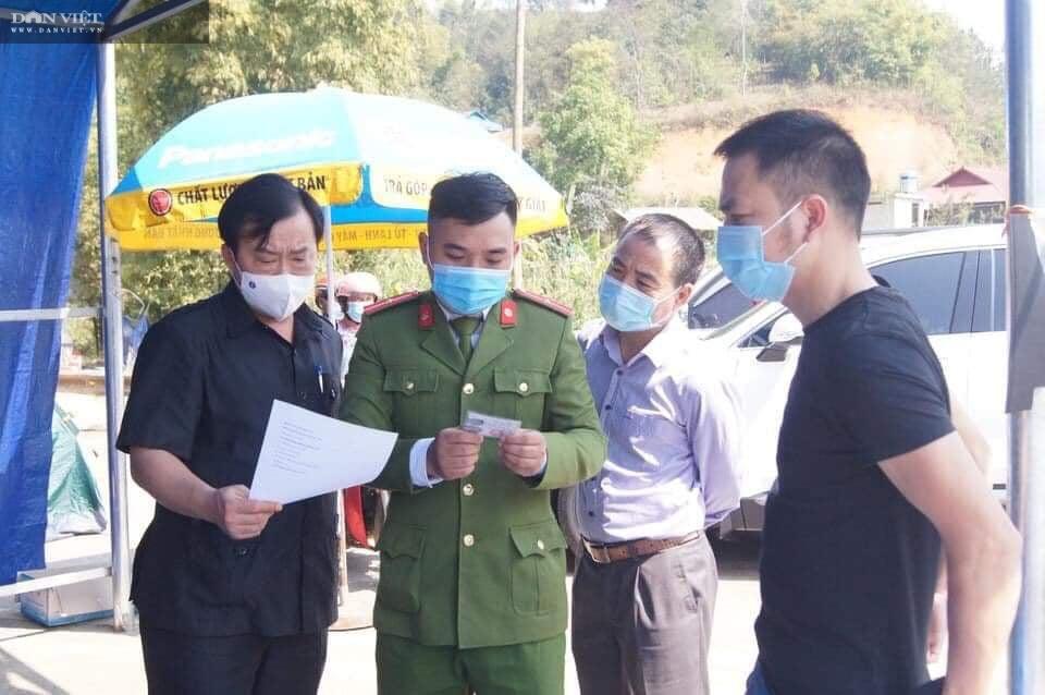 Phòng chống dịch Covid-19 ở Điện Biên: Nhân rộng mô hình tổ giám sát cộng đồng - Ảnh 1.