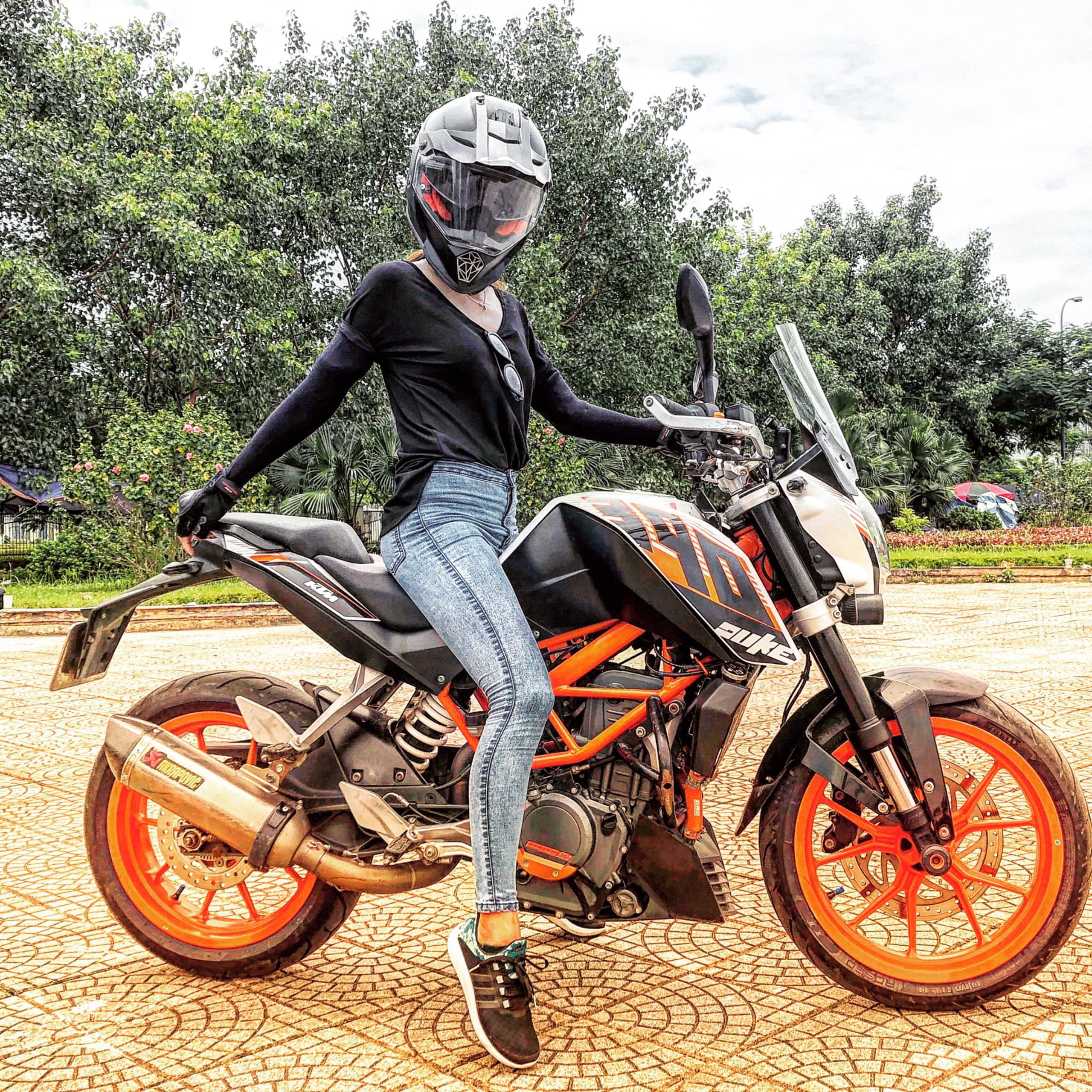 Nữ biker Diễm Trần xinh đẹp hớp hồn cánh mày râu, lại đa tài hiếm có - Ảnh 6.
