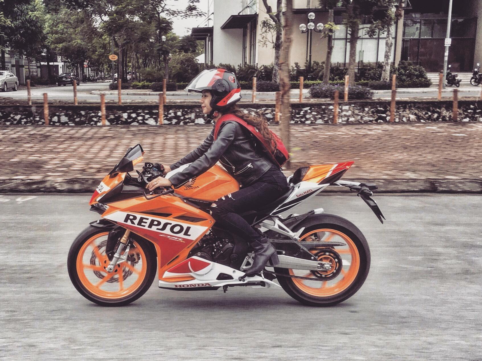 Nữ biker Diễm Trần xinh đẹp hớp hồn cánh mày râu, lại đa tài hiếm có - Ảnh 3.