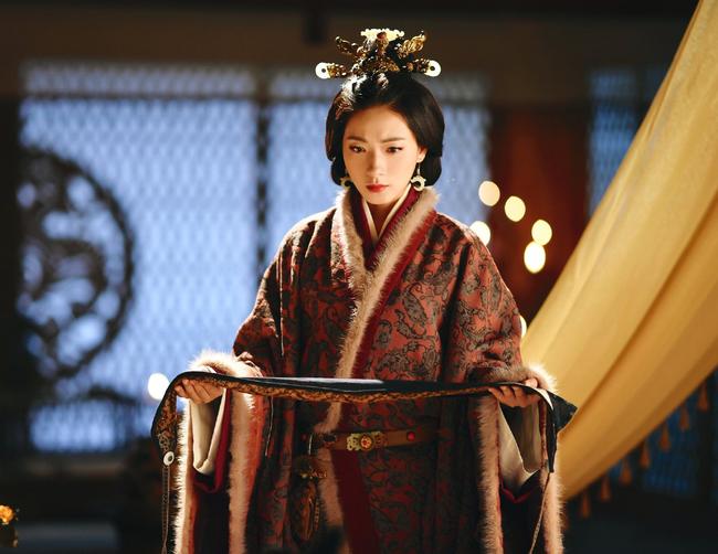 Hoàng đế say rượu thị tẩm nhầm người, nhà Hán tồn tại thêm gần 200 năm - Ảnh 3.